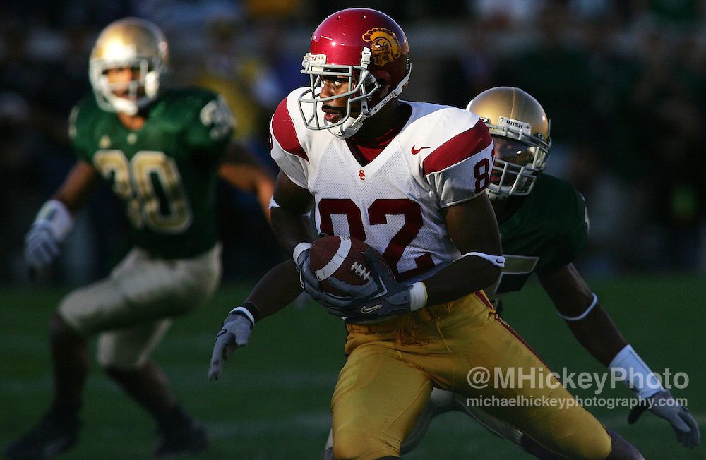 USC receiver Chris McFoy looks for running room after a reception during action at Notre Dame Stadium Oct 15, 2005. USC defeated Notre Dame 34-31.