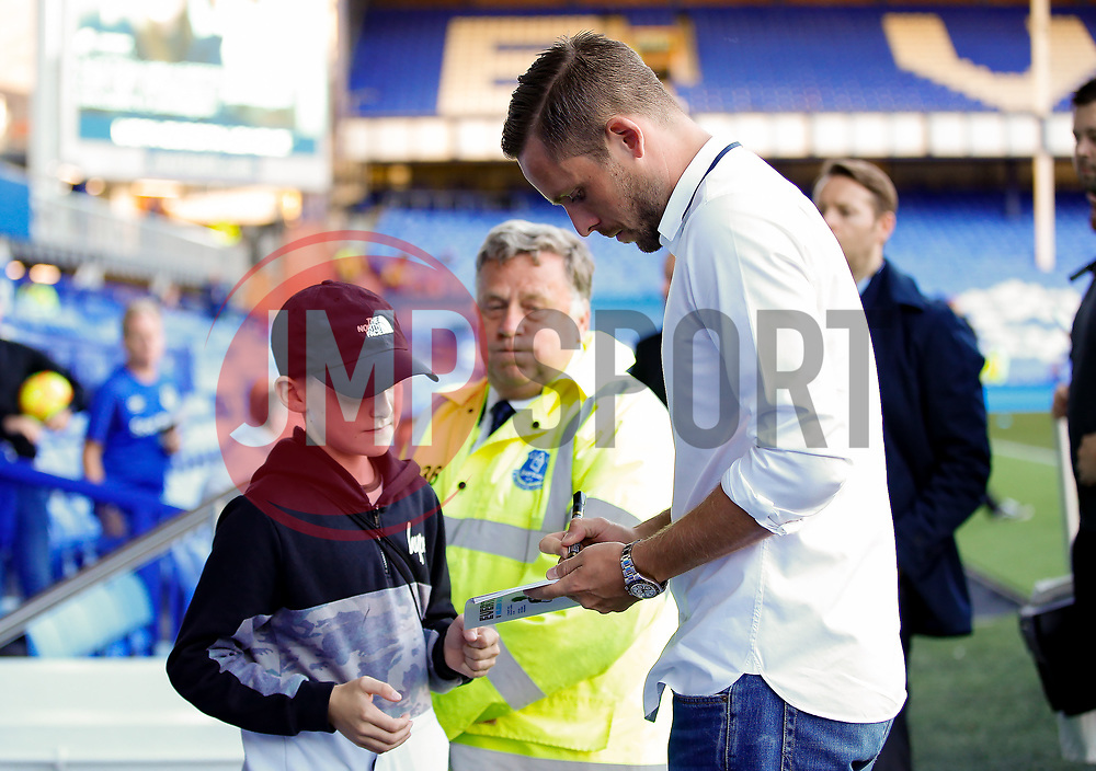 Everton's new signing Gylfi Sigurdsson signs autographs for fans on arrival at Goodison Park  - Mandatory by-line: Matt McNulty/JMP - 17/08/2017 - FOOTBALL - Goodison Park - Liverpool, England - Everton v Hajduk Split - UEFA Europa League First Playoff Round - First Leg