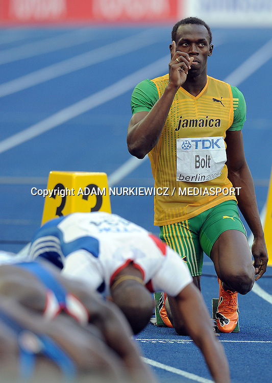 USAIN BOLT (JAMAICA) BEFORE 200 METERS MEN QUALIFICATION RUN ON THE OLYMPIC STADION ( OLIMPIASTADION ) DURING 12TH IAAF WORLD CHAMPIONSHIPS IN ATHLETICS BERLIN 2009..BERLIN , GERMANY , AUGUST 19, 2009..( PHOTO BY ADAM NURKIEWICZ / MEDIASPORT )..PICTURE ALSO AVAIBLE IN RAW OR TIFF FORMAT ON SPECIAL REQUEST.