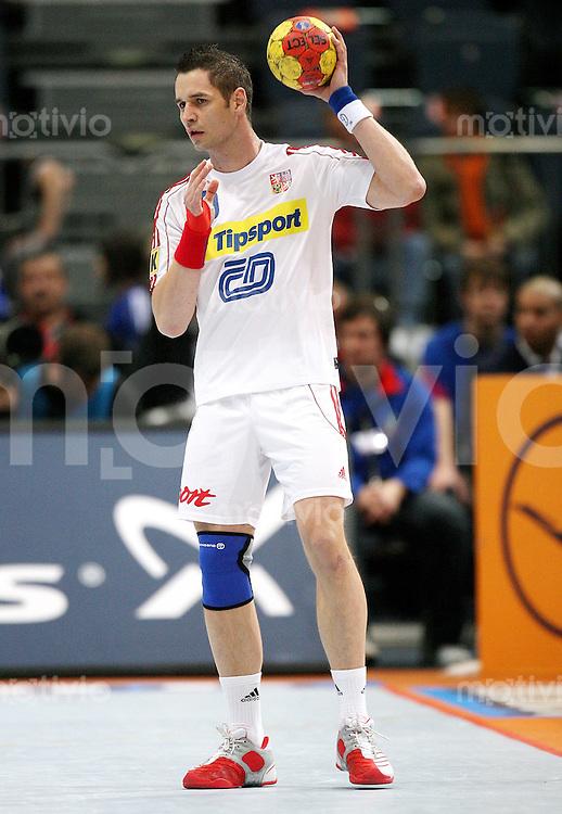 Handball-WM 2007   VIERTELFINALE   Tunesien - Tschechien             Jan FILIP (CZE) am Ball