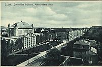 Zagreb : Sveučilišna knjižnica, Mihanovićeva ulica. <br /> ImpresumZagreb : Knjižara i papirnica Kugli, [poslije 1928].<br /> <br /> Materijalni opis1 razglednica : tisak ; 9 x 14,2 cm.<br /> Vrstavizualna građa • razglednice<br /> ZbirkaZbirka razglednica • Grafička zbirka NSK<br /> ProjektPozdrav iz Zagreba • Pozdrav iz Hrvatske<br /> Formatimage/jpeg<br /> PredmetZagreb –– Trg Marka Marulića<br /> Nacionalna i sveučilišna knjižnica (Zagreb)<br /> Jezikhrvatski<br /> SignaturaRZG-MAR-9<br /> Obuhvat(vremenski)20. stoljeće<br /> PravaJavno dobro<br /> Identifikatori000952833<br /> NBN.HRNBN: urn:nbn:hr:238:567952 <br /> <br /> Izvor: Digitalne zbirke Nacionalne i sveučilišne knjižnice u Zagrebu