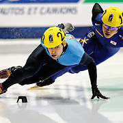 November 5, 2009 - Montreal, CAN - Jeff Simon (USA) skates to a first place finish during 500m heat race during ISU Short Track Speed Skating competition.