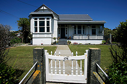 NEW ZEALAND SOUTHLAND BLUFF 22DEC07 - Pretty housing in Bluff, New Zealand's most southerly town. Bluff is the oldest European town in New Zealand, being permanently settled since 1824...jre/Photo by Jiri Rezac..© Jiri Rezac 2007..Contact: +44 (0) 7050 110 417.Mobile:  +44 (0) 7801 337 683.Office:  +44 (0) 20 8968 9635..Email:   jiri@jirirezac.com.Web:    www.jirirezac.com..© All images Jiri Rezac 2007 - All rights reserved.