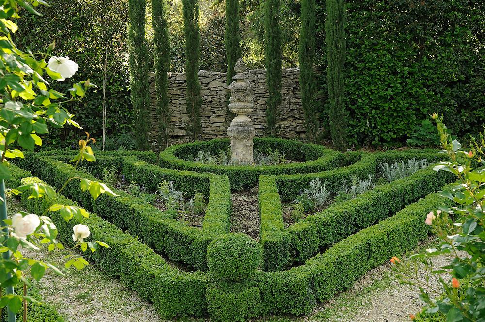 France, Languedoc Roussillon, Gard, Nîmes, jardin d'Emmanuel de Sauveboeuf