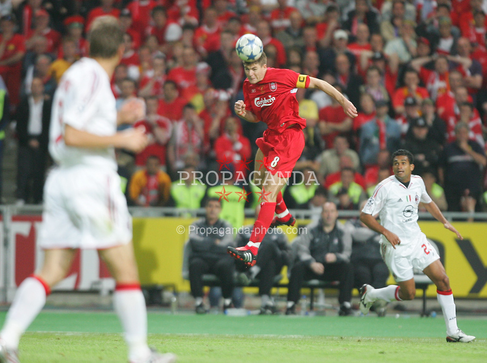 ISTANBUL, TURKEY - WEDNESDAY, MAY 25th, 2005: Liverpool's Steven Gerrard in action against AC Milan during the UEFA Champions League Final at the Ataturk Olympic Stadium, Istanbul. (Pic by David Rawcliffe/Propaganda)