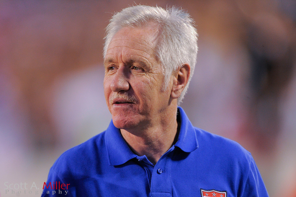 U.S. coach Tom Sermanni during an international friendly at the Florida Citrus Bowl on November 10, 2013  in Orlando, Florida.      ©2013 Scott A. Miller