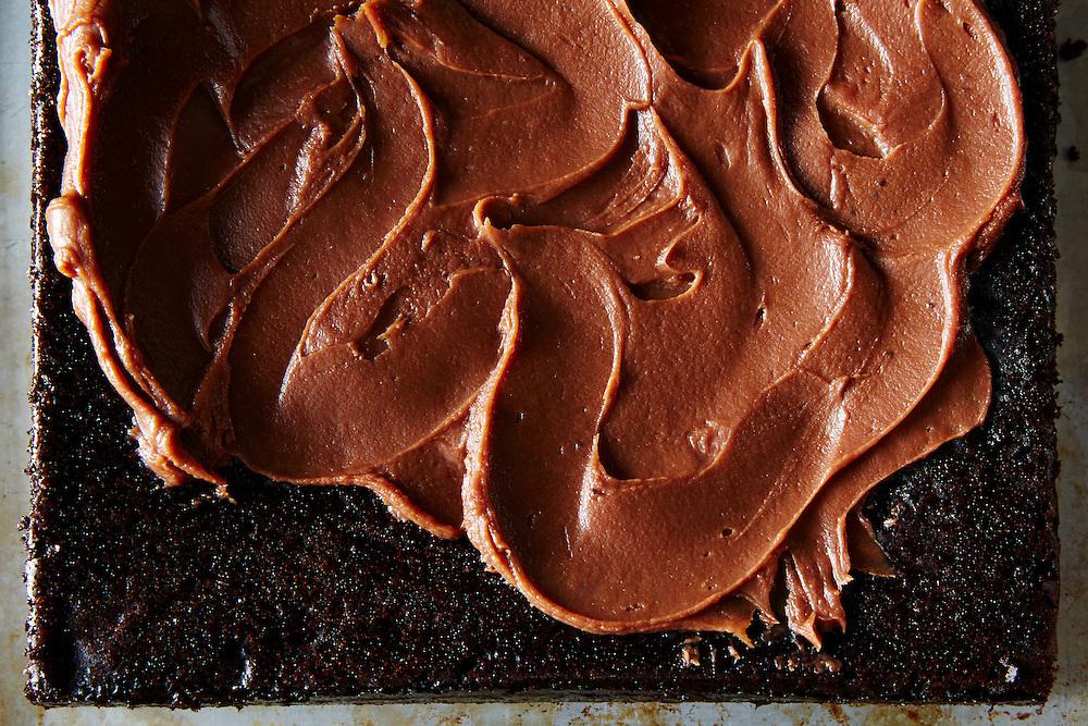 Fudgy Snack Cake