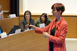 Yale School of Management Executive Education - Women's Leadership Program   Keys to Influence and Persuasion with Zoë Chance April 20, 2017