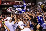 DESCRIZIONE : Campionato 2014/15 Serie A Beko Grissin Bon Reggio Emilia - Dinamo Banco di Sardegna Sassari Finale Playoff Gara7 Scudetto<br /> GIOCATORE : Commando Ultra' Dinamo<br /> CATEGORIA : Coppa Premiazione Premio Scudetto Ultras Tifosi Spettatori Pubblico Esultanza<br /> SQUADRA : Dinamo Banco di Sardegna Sassari<br /> EVENTO : LegaBasket Serie A Beko 2014/2015<br /> GARA : Grissin Bon Reggio Emilia - Dinamo Banco di Sardegna Sassari Finale Playoff Gara7 Scudetto<br /> DATA : 26/06/2015<br /> SPORT : Pallacanestro <br /> AUTORE : Agenzia Ciamillo-Castoria/L.Canu