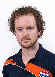 23-02-2016 NED: Selectie volleybalteam Jong Oranje vrouwen, Arnhem<br /> Fotoshoot met de vrouwen die na 1 januari 1997 zijn geboren /