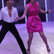 NLD/Hilversum/20120901 - 2de liveshow AVRO Strictly Come Dancing 2012, Kim Lian van der Meij dansend
