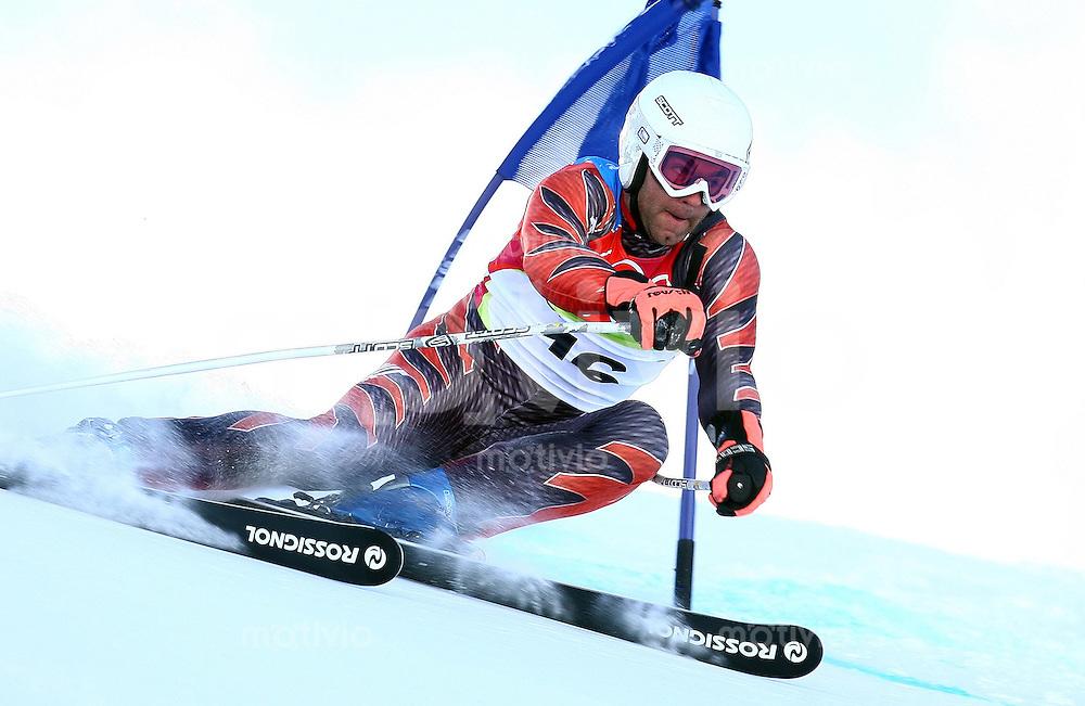 Olympia 20. Olympische Winterspiele 2006 Turin  Slalom Herren Didier Defago (SUI) in Aktion