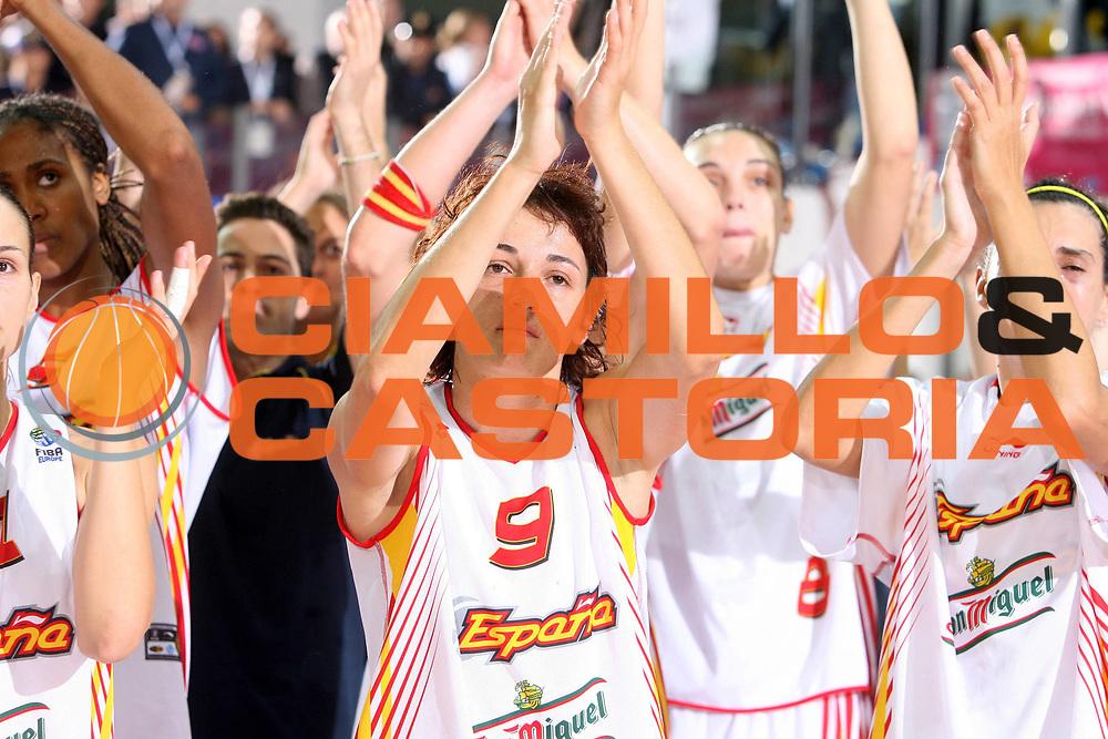 DESCRIZIONE : Chieti Italy Italia Eurobasket Women 2007 Finale Final Russia Spagna Russia Spain<br /> GIOCATORE : Laia Palau<br /> SQUADRA : Spagna Spain<br /> EVENTO : Eurobasket Women 2007 Campionati Europei Donne 2007 <br /> GARA : Russia Spagna Russia Spain<br /> DATA : 07/10/2007 <br /> CATEGORIA : delusione<br /> SPORT : Pallacanestro <br /> AUTORE : Agenzia Ciamillo-Castoria/E.Castoria<br /> Galleria : Eurobasket Women 2007 <br /> Fotonotizia : Chieti Italy Italia Eurobasket Women 2007 Russia Spagna Russia Spain<br /> Predefinita :