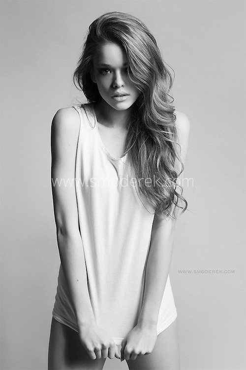 Gorgeous model Antonina in a stunning black and white photoshoot with Karol Smoderek