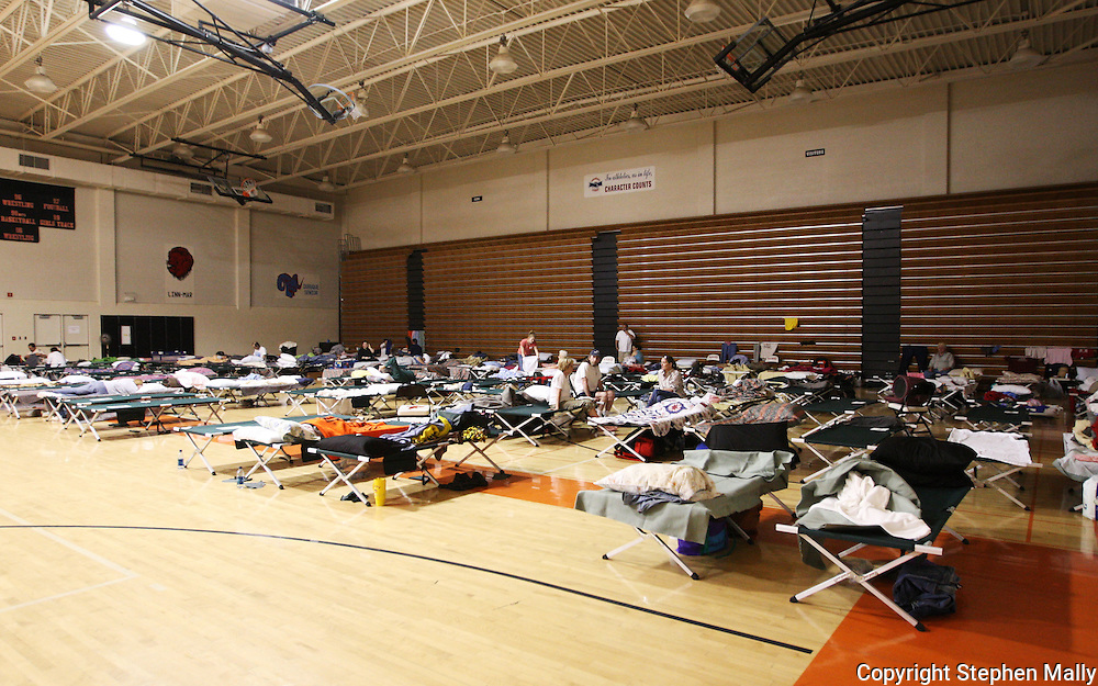 Massive flooding has covered the Midwest section of the United States. In Cedar Rapids, Iowa over 400 blocks were underwater. Other towns are now bracing for the water as it continues downstream.///A Red Cross shelter at Prairie High School in Cedar Rapids, Iowa.