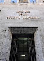 l Ministero dello Sviluppo Economico è il dicastero del governo italiano che comprende industria, servizi, commercio internazionale, comunicazioni ed energia