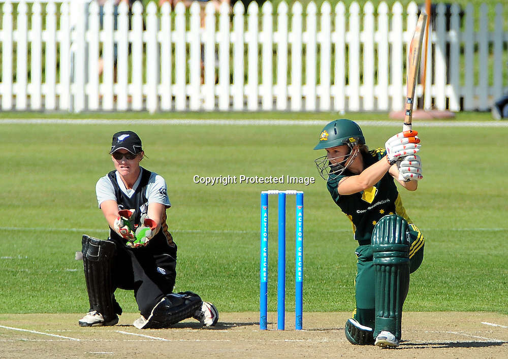 Australian player Leah Poulton. New Zealand White Ferns v Australia. Women's Rose Bowl twenty/20 cricket. Saxton Oval, Nelson, New Zealand. Thursday 30 December 2010. Photo: Chris Symes / www.photosport.co.nz