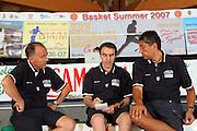 DESCRIZIONE : Bormio Ritiro Nazionale Italiana Maschile Preparazione Eurobasket 2007 Allenamento <br /> GIOCATORE : Carlo Recalcati Fabrizio Frates<br /> SQUADRA : Nazionale Italia Uomini EVENTO : Bormio Ritiro Nazionale Italiana Uomini Preparazione Eurobasket 2007 GARA :<br /> DATA : 24/07/2007 <br /> CATEGORIA : Allenamento <br /> SPORT : Pallacanestro <br /> AUTORE : Agenzia Ciamillo-Castoria/S.Silvestri <br /> Galleria : Fip Nazionali 2007 <br /> Fotonotizia : Bormio Ritiro Nazionale Italiana Maschile Preparazione Eurobasket 2007 Allenamento <br /> Predefinita :