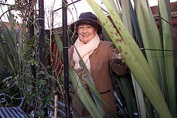 .TTP31-AP-W/END GARDEN-DIG..PIC  BY ANDREW PARSONS . FEATURE FOR W/END GARDENING . DOROTHY RATCLIFF IN HER GARDEN AT HER HOME IN SHUDY CAMPS, CAMBRIDGESHIRE .Portraits of Dorothy Ratcliff in her garden at her home in Shudy Camps, Cambridgeshire. 2000..Photo by Andrew Parsons/i-Images....
