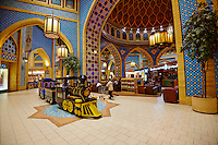 Emirats Arabes Unis, Dubai, centre commercial Ibn Battuta Mall, secteur iranien // United Arab Emirates, Dubai, Ibn Battuta Mall commercial center, iranian area