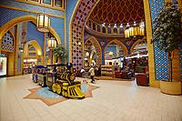 Emirats Arabes Unis, Dubai, centre commercial Ibn Battuta Mall, secteur iranien // United Arab Emirates, Dubai, Ibn Battuta Mall commercial center, iranian area