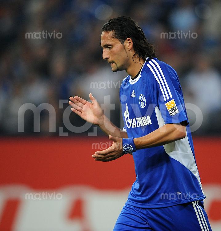 FUSSBALL  1. BUNDESLIGA   SAISON 2009/2010   6. SPIELTAG FC Schalke 04 - VfL Wolfsburg         18.09.2009 Kevin KURANYI (FC Schalke 04)