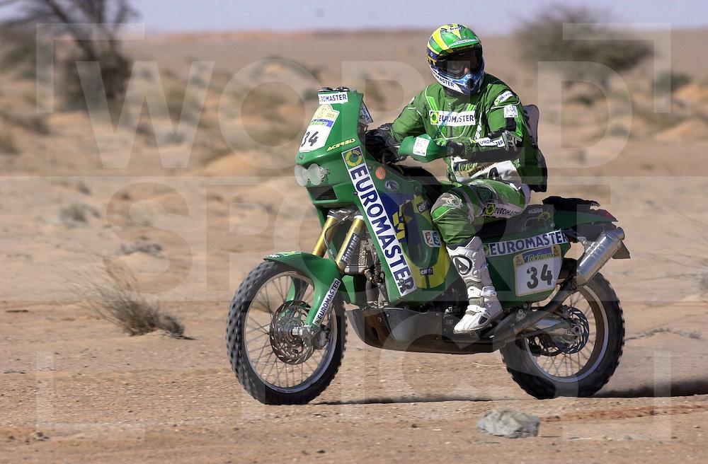 fotografie frank uijlenbroek©copyright2005frank uijlenbroek..050104_M98   Dakar 2005..Stage 5: Agadir - Smara..34 - Piroud..