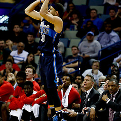 Dec 26, 2016; New Orleans, LA, USA;  Dallas Mavericks guard Seth Curry (30) shoots against the New Orleans Pelicans during the second half of a game at the Smoothie King Center. The Pelicans defeated the Mavericks 111-104.  Mandatory Credit: Derick E. Hingle-USA TODAY Sports