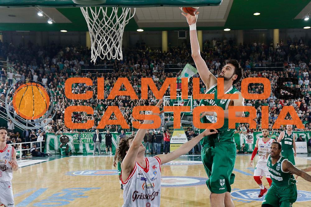 Avellino 22/05/2016 - Basket Lega A Campionato Italiano Pallacanestro 2015-16 semifinale play-off gara 2 Sidigas Avellino - Grissin Bon Reggio Emilianella foto: Riccardo Cervifoto Ciamillo