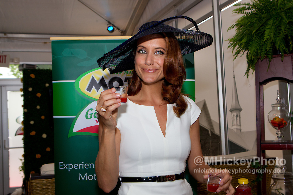 Kate Walsh attends the Kentucky Derby in Louisville, Kentucky on May 7, 2011.