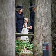 NLD/Lage Vuursche/20130816 - Uitvaart prins Friso, prinses Beatrix en kleindochter