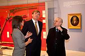 Willem-Alexander opend tentoonstelling tsaar Peter de Grote