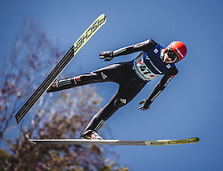30.09.2018, Energie AG Skisprung Arena, Hinzenbach, AUT, FIS Ski Sprung, Sommer Grand Prix, Hinzenbach, im Bild Karl Geiger (GER) // Karl Geiger of Germany during FIS Ski Jumping Summer Grand Prix at the Energie AG Skisprung Arena, Hinzenbach, Austria on 2018/09/30. EXPA Pictures © 2018, PhotoCredit: EXPA/ Stefanie Oberhauser