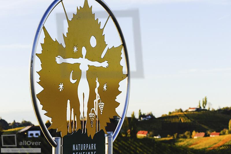 Suedsteirische Weinstrasse, Southern Styria wine route in autumn, Austria, Styria, Southern Styria, Sulztal