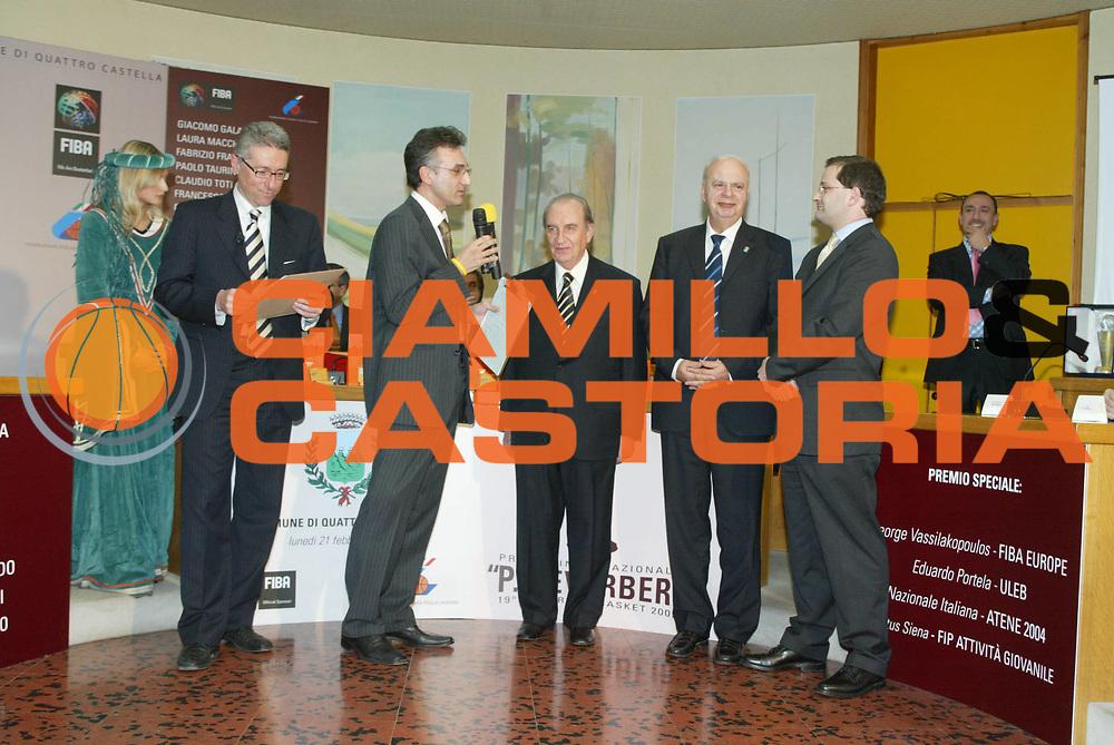 DESCRIZIONE : QUATTRO CASTELLA PREMIO REVERBERI 2005<br />GIOCATORE :DALLARI - MONTORRO - PORTELA - VASSILAKOPULOS - BAUMANN<br />SQUADRA : <br />EVENTO :QUATTRO CASTELLA PREMIO REVERBERI 2005<br />GARA : <br />DATA : 21/02/2005<br />CATEGORIA : <br />SPORT : Pallacanestro<br />AUTORE : Agenzia Ciamillo-Castoria