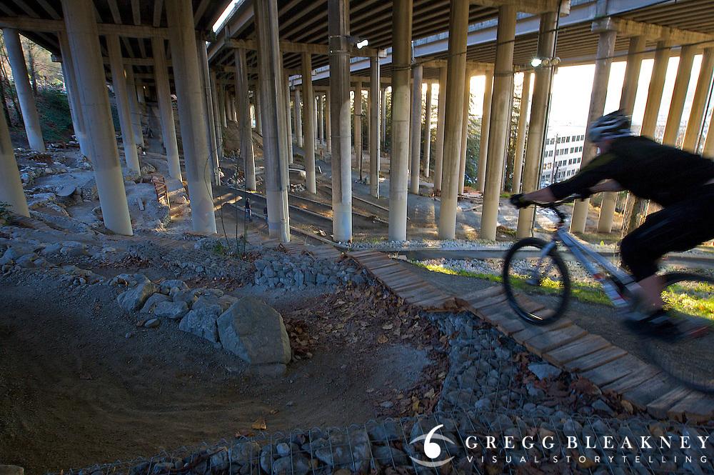 I-5 Colonnade Mountain Bike Park - Seattle, WA