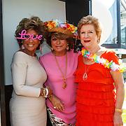 NLD/Amserdam/20150604 - Uitreiking Talkies Terras Award 2015 en onthulling cover, Netty van der Veer, Christine Kroonenberg en ......
