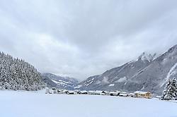 THEMENBILD - Krimml mit dem Oberpinzgau im Winterkleid, aufgenommen am 12. November 2016, Krimml, Österreich // Krimml with Oberpinzgau in winter dress, Krimml, Austria on 2016/11/12. EXPA Pictures © 2016, PhotoCredit: EXPA/ JFK