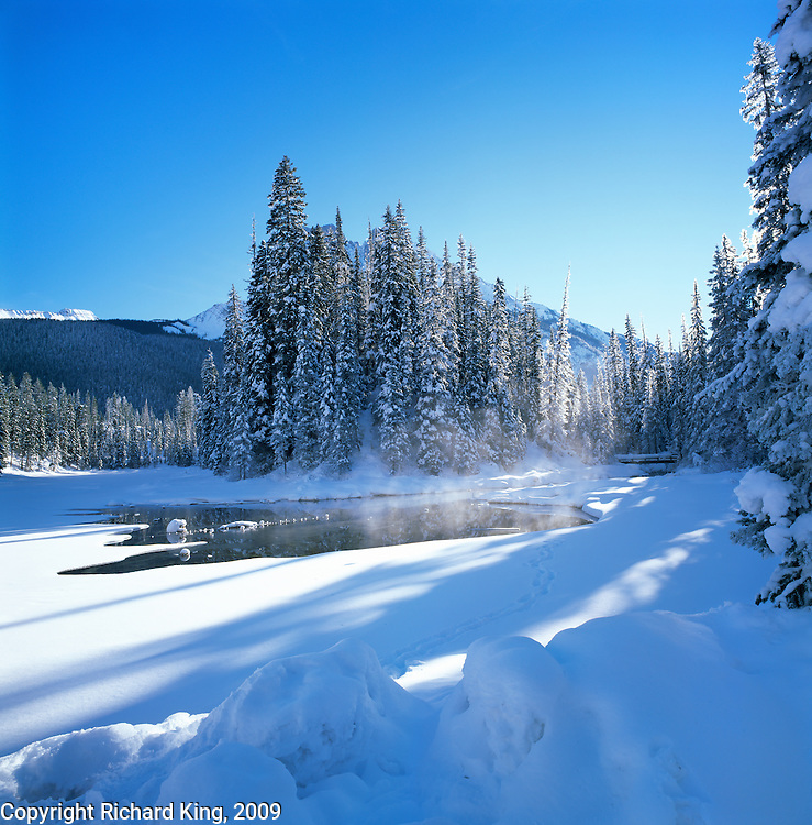 Winter Emerald River, Emaerald Lake, Yoho National Park, Alberta, Canada
