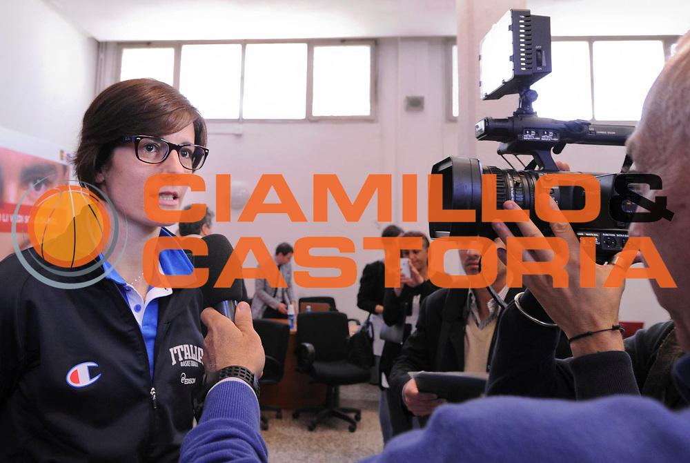 DESCRIZIONE : Roma Foro Italico Presentazione nuova maglia della Nazionale Italiana Femminile e incontro delle ragazze nazionali con Sara Errani e Roberta Vinci<br /> GIOCATORE : Raffaella Masciadri <br /> CATEGORIA : conferenza stampa presentazione<br /> SQUADRA : Nazionale Italiana Donne Femminile FIT FIP<br /> EVENTO : FIP Nazionali 2013<br /> GARA : <br /> DATA : 13/05/2013 <br /> SPORT : Pallacanestro<br /> AUTORE : Agenzia Ciamillo-Castoria/N. Dalla Mura <br /> Galleria : FIP Nazionali 2013<br /> Fotonotizia : Roma Foro Italico Presentazione nuova maglia della Nazionale Italiana Femminile e incontro delle ragazze nazionali con Sara Errani e Roberta Vinc