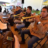 Metepec, México.- (Agosto 21, 2018).- En la explanada de la Central de Abastos se reunieron los mariachis que participaran en el Foro Internacional de Música del Mariachi y la Charrería, que se realizara el 1 de septiembre en la Plaza de los Mártires. Agencia MVT / Crisanta Espinosa.
