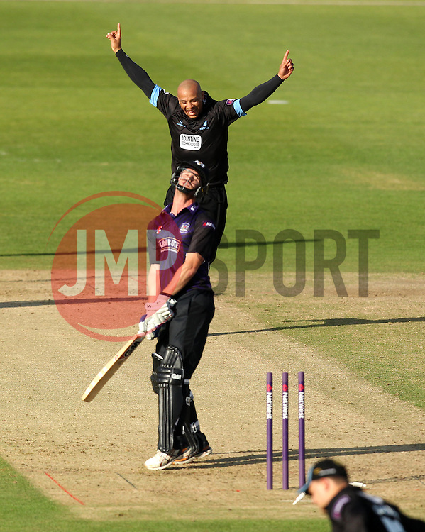 Sussex's Tymal Mills celebrates taking the wicket of Gloucestershire's Ian Cockbain - Photo mandatory by-line: Robbie Stephenson/JMP - Mobile: 07966 386802 - 26/06/2015 - SPORT - Cricket - Bristol - The County Ground - Gloucestershire v Sussex - Natwest T20 Blast