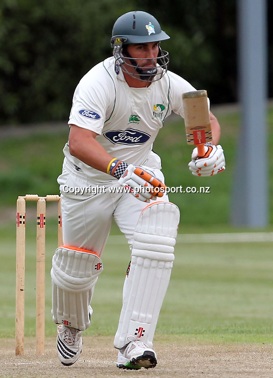 Matthew Sinclair takes off for a run.<br /> Cricket - Otago Volts v Central Stags. Plunket Shield Cricket Match. University Oval, Dunedin. Monday 14 March 2011.<br /> Photo: Rob Jefferies/PHOTOSPORT