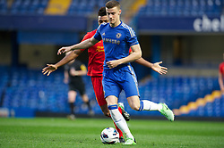 LONDON, ENGLAND - Friday, April 19, 2013: Chelsea's Alex Davey in action against Liverpool during the FA Youth Cup Semi-Final 2nd Leg match at Stamford Bridge. (Pic by David Rawcliffe/Propaganda)