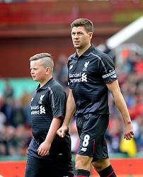 Liverpool's Steven Gerrard - Photo mandatory by-line: Nizaam Jones/JMP - Mobile: 07966 386802 - 24/05/2015 - SPORT - Football - Stoke - Britannia Stadium - Stoke City v Liverpool - Barclays Premier League