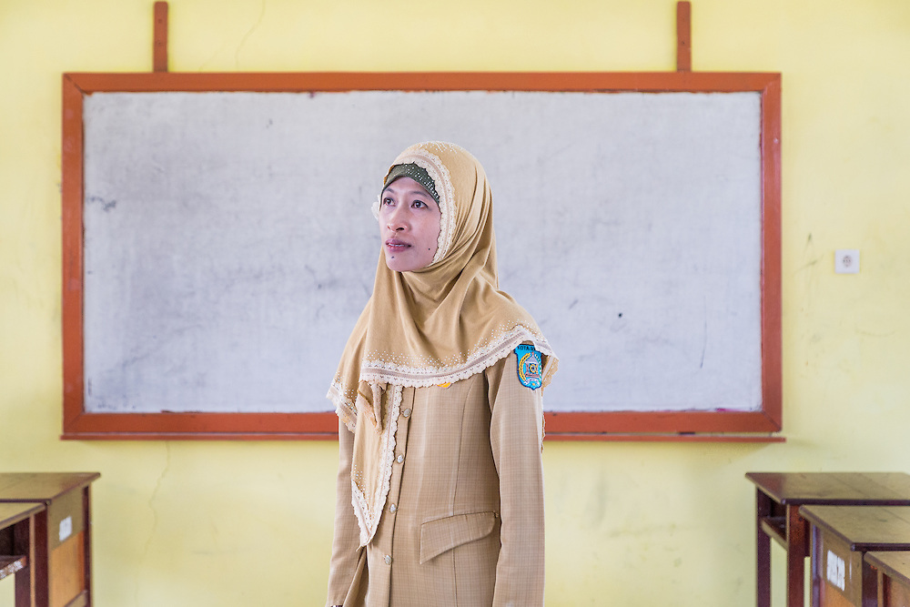 A portrait of Ibu Ratna; a loving mother, a dedicated schoolteacher, and a brave activist.