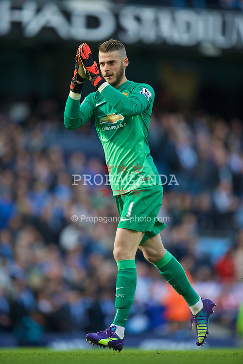 MANCHESTER, ENGLAND - Sunday, November 2, 2014: Manchester United's goalkeeper David de Gea before the Premier League match against Manchester City at the City of Manchester Stadium. (Pic by David Rawcliffe/Propaganda)