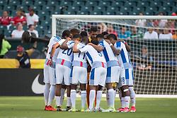 July 19, 2017 - Philadelphia, Pennsylvania, U.S - Panama huddles together before the match for CONCACAF Gold Cup 2017 action at Lincoln Financial Field in Philadelphia, PA.  Costa Rica defeats Panama 1 to 0. (Credit Image: © Mark Smith via ZUMA Wire)