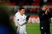 &Ouml;STERSUND, SVERIGE - 15 FEBRUARI: Jamie Hopcutt och Graham Potter, huvudtr&auml;nare fr&aring;n &Ouml;stersund FK under UEFA Europa League 16 delsfinalen mellan &Ouml;stersunds FK och Arsenal p&aring; J&auml;mtkraft Arena den 15 february 2018 i &Ouml;stersund, Sverige. Foto: Mats Andersson/Ombrello<br /> ***BETALBILD***
