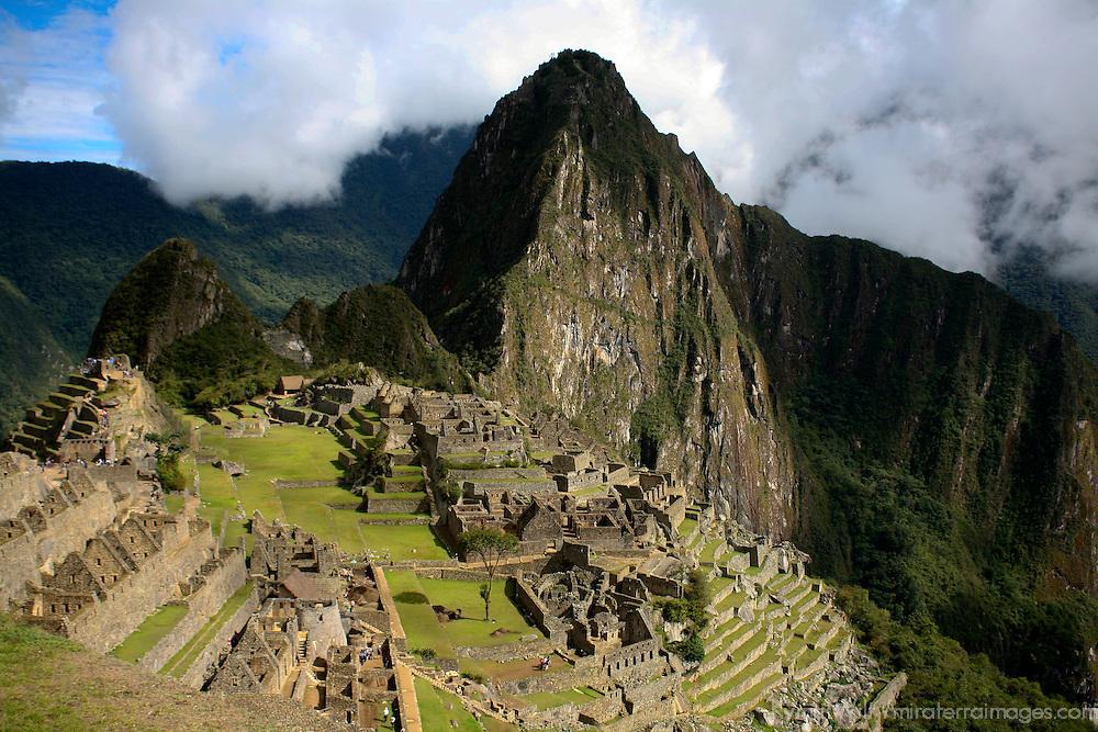 South America, Peru, Machu Picchu. The ancient citadel of Machu Picchu.